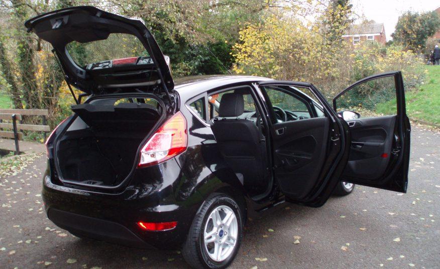 2013 63 Ford Fiesta Zetec 1.5 TDCI